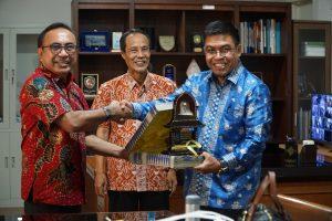 Kunjungan Kerja Tim Forum Data Spasial Kabupaten Pelalawan Prov. Riau yang dibentuk melalui program PMaP7
