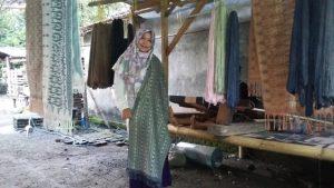 Support Pemerintah Provinsi NTB Kepada Pengrajin Tenun di Desa Batu Tulis